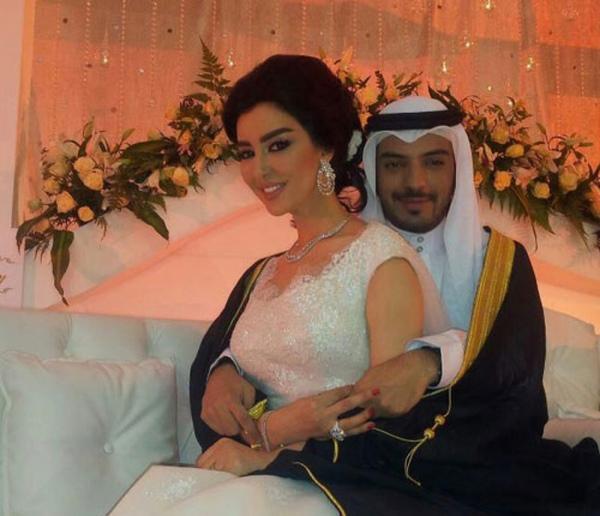 صورة عروسه وعريس خليجي يعني بثوب وبشت Ask Fm Phot0000