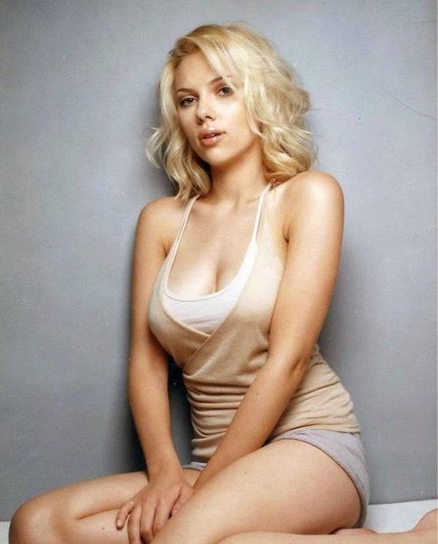 Scarlett Johansson Hot Assoass 1